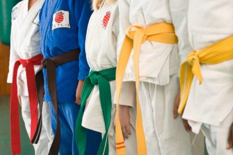 historia y origen de los cinturones de judo y su orden